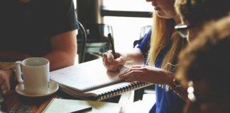 Techniki perswazji w praktyce sprzedażowej – szkolenia sprzedażowe